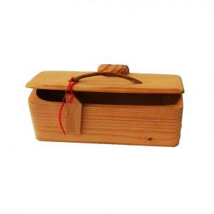 Objets décoratifs et utilitaires en bois